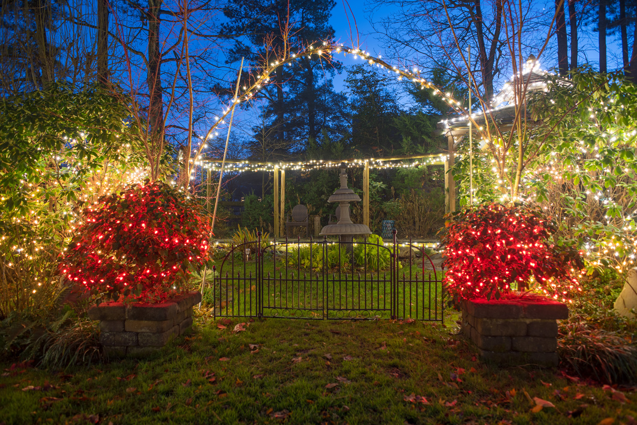 Holiday Garden of Lights & Winery Tour